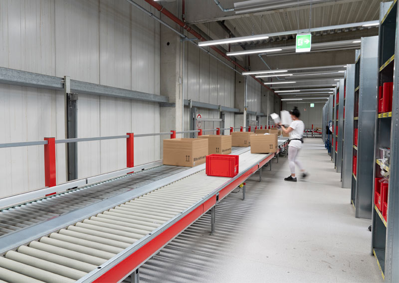 Complete renewal of the Büroring central warehouse in Haan