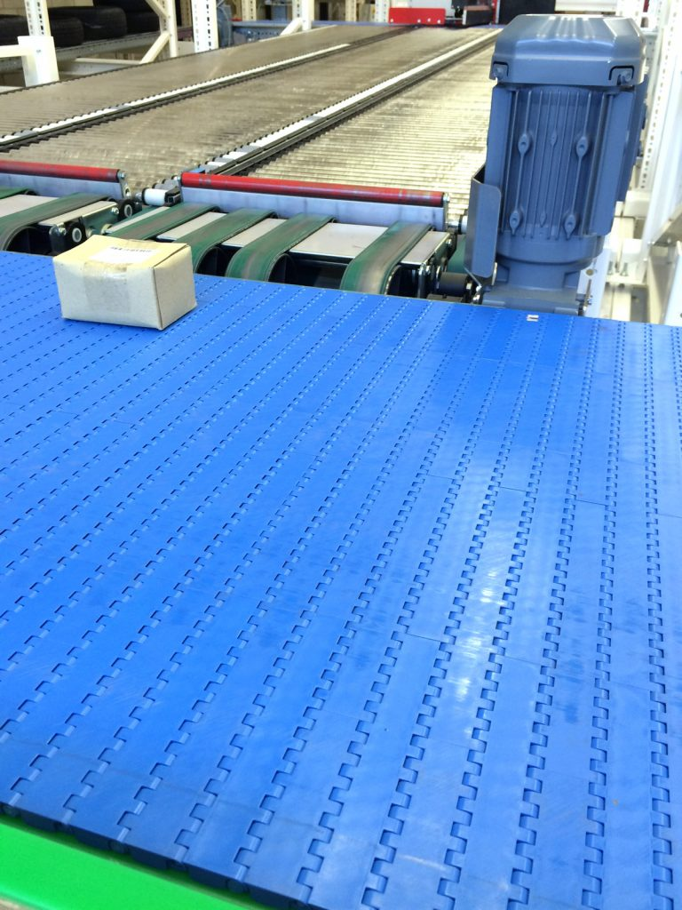 DLS develops Plastic Modular Belt Conveyor as in- and outbound solution in ORM's