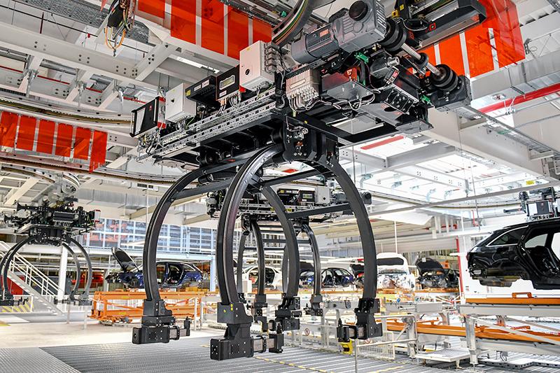 ROFA realisiert Schwerlast EHB für Audi