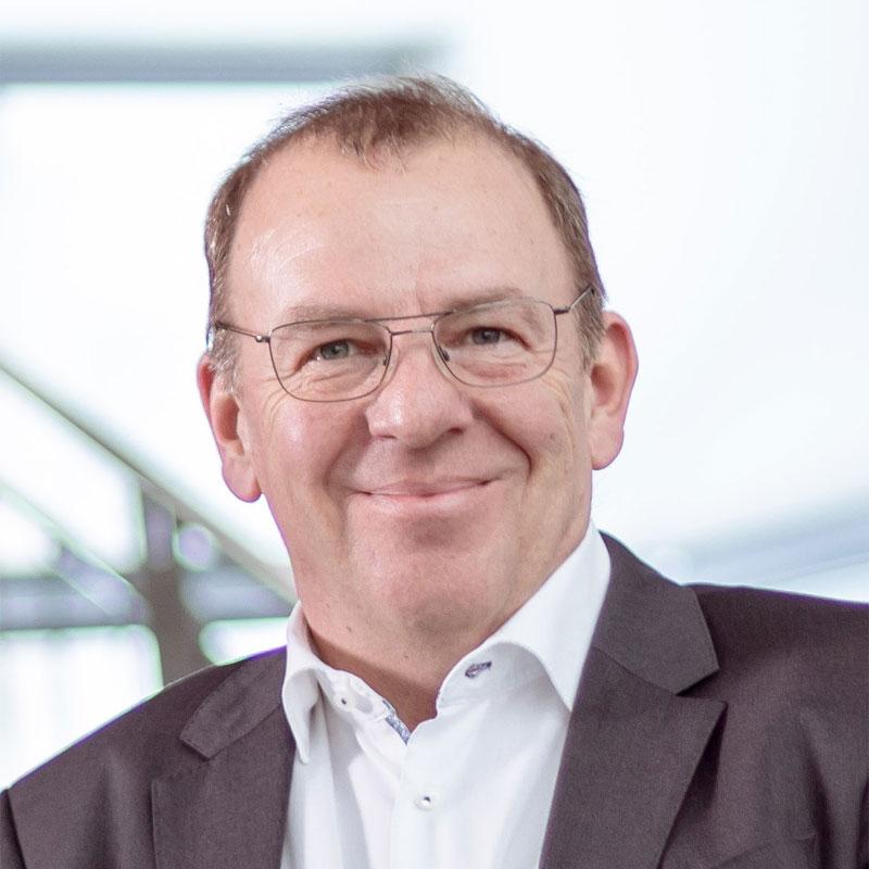 Wolfgang Kozsar - Aufsichtsrat ROFA AG